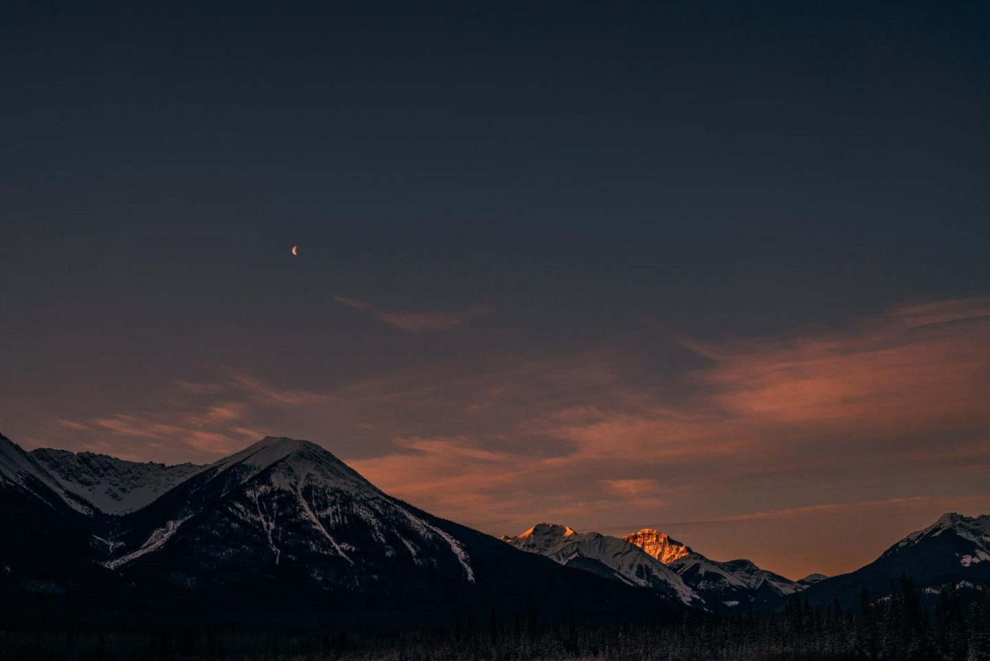 Sunrise at Vermillion Lakes.