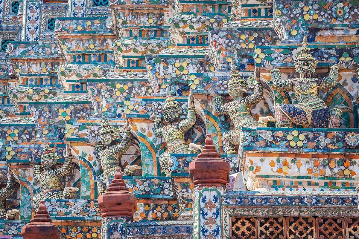 Details of Wat Arun temple.